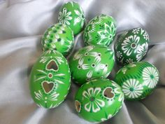 Easter eggs or Kraslice Easter Bunny, Easter Eggs, Painted Rocks, Hand Painted, Christian Holidays, Egg Tree, Egg Shells, Egg Hunt, Holidays And Events