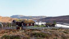 Fikk seg drømmehytte etter stor egeninnsats - Hytteliv Cabin Interiors, Nye, Edinburgh, Norway, Cottage, House Design, House Styles, Home Decor, Decoration Home