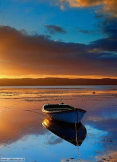 Amazing Sunsets, Beautiful Sunset, Beautiful Places, Beautiful Pictures, Landscape Art, Landscape Paintings, Landscape Photography, Nature Photography, Boat Art