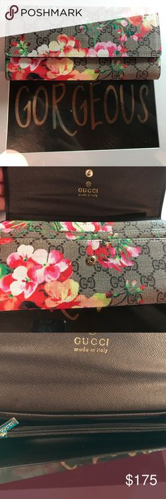 TAKING OFFERS! 🌸 New condition fashion wallet. Snap closure. Never used. No name brand. no brand Bags Wallets