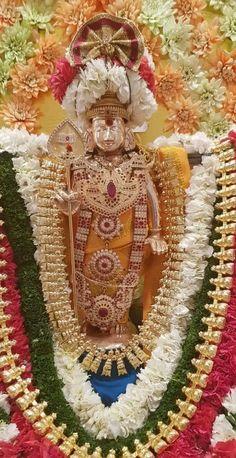 Hanuman Chalisa, Krishna Radha, Lord Murugan Wallpapers, Hanuman Images, Hindu Statues, Divine Grace, Ganesha Painting, Goddess Lakshmi, Diwali Decorations