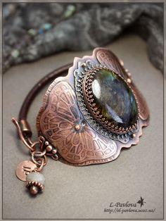 Silver Bracelet With Cross Product Mixed Metal Jewelry, Funky Jewelry, Wire Jewelry, Jewelry Art, Jewelery, Jewelry Design, Wire Earrings, Designer Jewelry, Silver Earrings