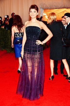 Marion Cotillard attends the 2012 Met Gala
