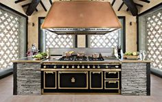 Officine Gullo is an Italian manufacturer of the highest quality kitchens in the world, specializing in ovens, cabinets, refrigerators and more.