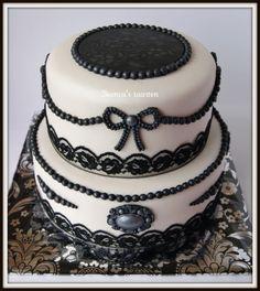 Stencilled Vintage Cake