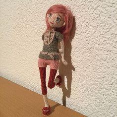 Amiviki#amigurumilove #amigurumidoll #crochetdoll #амигуруми #knittingtoys #кукла #weamiguru #artdoll #doll #dollmaker #cute #amigurumis#amigurumitoy #animedoll #