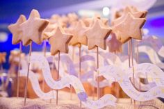 I baked lots & lots of star shaped shortbreads for an event at At-Bristol called 'Fly me to the Moon'!