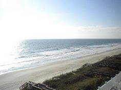 Pawleys Island, SC: The sounds of the waves are so relaxing
