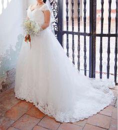 ¡Nuevo vestido publicado!  INNOVIA MOD. CARINA 2015 ¡por sólo $7000! ¡Ahorra un 53%!   http://www.weddalia.com/mx/tienda-vender-vestido-de-novia/innovia-mod-carina-2015/ #VestidosDeNovia vía www.weddalia.com/mx