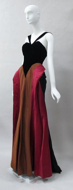 Evening dress Charles James (American, born Great Britain, 1906–1978) Date: 1946 Culture: American Medium: silk, wool. Front sideway