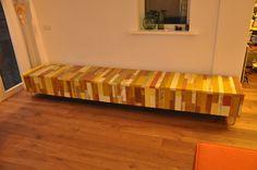 Tv meubel van sloophout look a like. Kan in alle kleuren en afmetingen met andere woorden, het hele meubel is zelf samen te stellen. Het afgebeelde meubel heeft 6 lades met een push to open systeem.