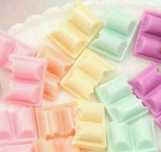 Cute Pastel Colorful Chocolate Chunk Bar Resin Flatback Cabochons - 6 pc set by delishbeads on Etsy Soft Colors, Pastel Colors, Soft Pastels, Imagenes Color Pastel, Pastel Candy, Rainbow Food, Rainbow Desserts, Rainbow Things, Rainbow Pastel