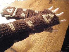 Link's Crochet Gauntlets free #crochet pattern by Emily Hastings