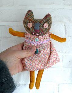 Jane a primitive cloth cat doll van pussman op Etsy, $70.00