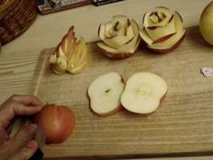 Art In Apples Show