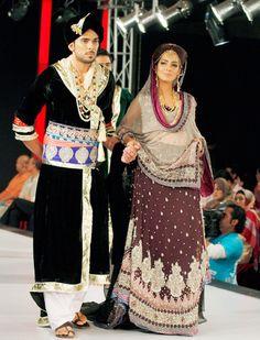 Pakistan models present creation of designer Erum Khan during Islamabad Fashion Week. #Pakistan #Fashion #Style #Beauty #Wedding #IFW