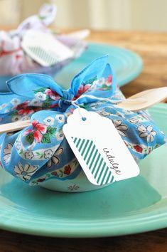 Wrap in handkerchief, tea towel, insert spoon~ Pie recipe included!!!