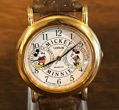 Lorus Mickey and Minnie Mouse Comic Watch- Vintage Unisex Disney Mickey Cartoon Wristwatch by MagicalNostalgia on Etsy Minnie Mouse Watch, Vintage Mickey Mouse, Vintage Disney, Mickey Cartoons, Sweet Notes, Leather Watch Bands, Disney Mickey, Vintage Watches, Comic