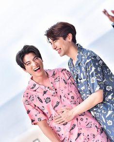 Cute Dog Drawing, Cute Gay Couples, Cute Actors, Thai Drama, Best Couple, Asian Boys, Boyfriend Material, Pretty Boys, Asian Beauty