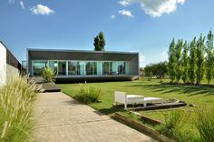 Casa RM / Estudio M + N
