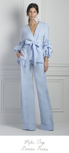 These Johanna Ortiz* pants feature a high rise waistline, structured wide leg silhouette, and full length hemline, Product Details Wide leg High rise waistline Zip fly closure, Hook & eye Composition: Linen Color: Celeste Unlined Made in Colombia Fashion 2018, Fashion Dresses, Womens Fashion, Fashion Trends, Party Fashion, Estilo Fashion, Mode Hijab, Street Style, Style Inspiration