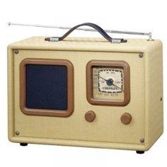 Crosley CR21 Traveler Retro Radio...