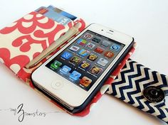 Free Wallet Sewing Pattern with iPhone Case. I don't have an iPhone, but I bet I could alter to fit my Android.