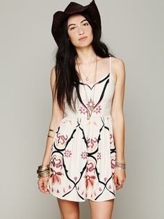 Garden Party Dress at Free People Boho Fashion 7b84e0cfcf4a