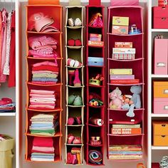 Want to organize your stuffs day wise? Use Ease My Wardrobe app which helps to categorize your stuffs and you can even save it as your favorites. https://itunes.apple.com/us/app/ease-my-wardrobe-unique-manager/id544607188?ls=1=8
