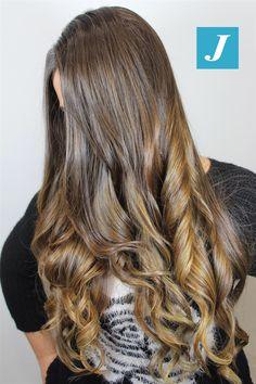 Le sfumature Degradé Joelle create esclusivamente per te! #cdj #degradejoelle #tagliopuntearia #degradé #igers #musthave #hair #hairstyle #haircolour #longhair #ootd #hairfashion #madeinitaly #wellastudionyc