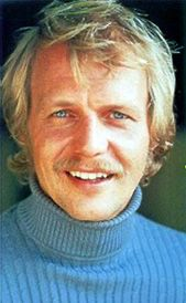 Paul Michael Glaser, David Soul, 70s Tv Shows, Starsky & Hutch, Classic Hollywood, Memories, Amazing, Police Officer, Singer