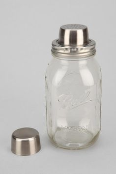 Mason Jar Cocktail Shaker