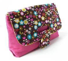 http://keyka.typepad.com/my_weblog/2011/05/how-to-install-the-2-eyelet-in-the-strap-clutch.html