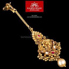 Kundan Maang Tika with Pearl Drop Tika Jewelry, Head Jewelry, Ruby Jewelry, Wedding Jewelry, Indian Jewelry, Gold Earrings Designs, Gold Jewellery Design, Necklace Designs, Gold Designs