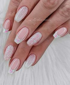 35 Pretty nail art designs for any occasion