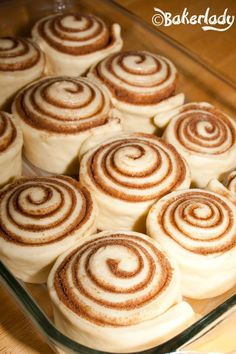 The World's Greatest Cinnamon Rolls - Bakerlady recipes backen backen rezepte bread bread bread Baking Recipes, Dessert Recipes, Easy Bread Recipes, Recipes With Yeast, Bread Sandwich Recipes, Pilsbury Recipes, Breakfast Bread Recipes, Baking Desserts, Homemade Desserts