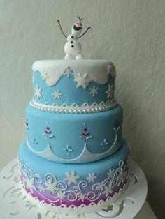magnifique gâteau la Reine des Neiges