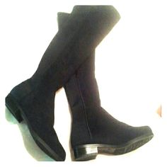 Jaclyn Smith Knee high boots Never worn black suede boots. They're practically new, never touched pavement. They have done stretch to get on easy. Jaclyn Smith Shoes