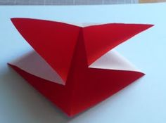 Let's create: Paper Bow Tutorial Oragami Bow, Task Boxes, Bow Tutorial, Let's Create, Creative Gifts, Christmas Fun, Projects To Try, Bows, Scrapbook