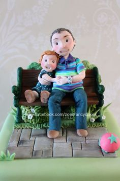 Grandad and granddaughter sat on a park bench. Please do pop over to my fb page for more cakes and pics :) Polymer Clay Figures, Fondant Figures, Fimo Clay, Fondant People, Cake Models, Family Cake, Garden Cakes, Superhero Cake, Cakes For Men