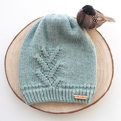 """FREE PATTERN FRIDAY! If you like this pattern enough to download it, won't you please hit """"favourite"""" and help spread the knitty love!"""