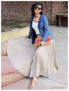 Ethnic skirt with jacket Western Dresses, Indian Dresses, Indian Outfits, Indian Look, Indian Ethnic Wear, Ethnic Fashion, Indian Fashion, Indigo, Indian Attire