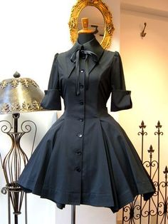 classic lolita,nicely inspired by a formal shirt Pretty Outfits, Pretty Dresses, Beautiful Dresses, Cool Outfits, Old Fashion Dresses, Fashion Outfits, Mode Lolita, Mode Alternative, Kawaii Clothes