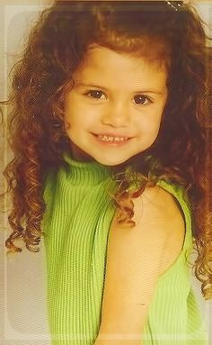 selena gomez little photos - so cute