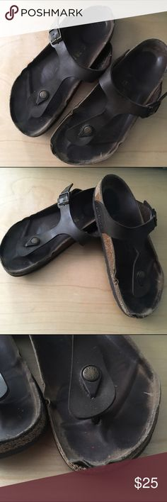 Birkenstocks brown leather - very used condition These have multiple signs of wear throughout from being worn in the rain a few times. Lots of spots on the cork that are weak or falling apart. Might be able to be repaired for the most part by a local cobbler? Price reflects condition Birkenstock Shoes
