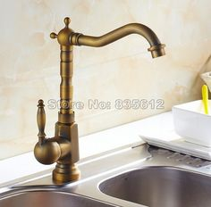 62.77$  Watch here - http://ali9a4.shopchina.info/go.php?t=32807520280 - Retro Antique Brass Swivel Kitchen Sink Faucet Single Lever Basin Mixer Taps  Wan017-1  #magazineonlinebeautiful