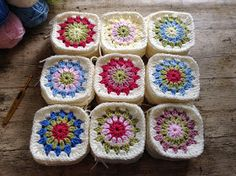 I was so excited to receive a commission for a crochet granny flower blanket and couldn't wait to get started. My customer has chosen Cath Kidston inspired colours...