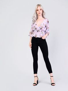 953707904e851 Lilac Floral Satin Cross Front Top