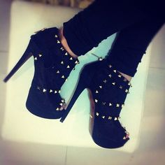 Trend: studs & spikes.