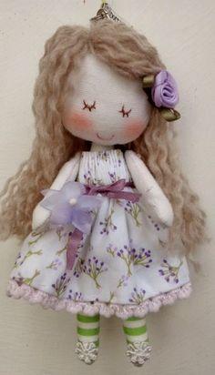 ストラップ付きドール(パープルちゃん) Art Dolls, Harajuku, Textiles, Kids, Handmade, Style, Baby Dolls, Art, Young Children